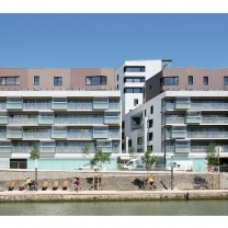 Crédits : Paris - Quai de Charente - 91 logements sociaux et une crèche- Maîtrised'ouvrage : RIVP - Maîtrise d'oeuvre : Agence Margot Duclot Architectes Associés
